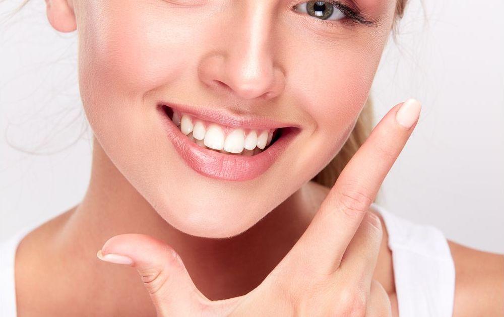 Branqueamento que funciona: saiba como manter o efeito do clareamento dental por muito mais tempo