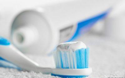 Quanto mais macia melhor? Mitos e verdades sobre a escova de dente
